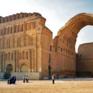 عکس - سقف ایوان مدائن در عراق فرو ریخت