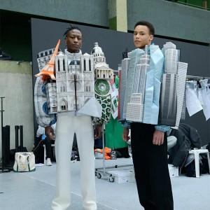 تصویر - طراحی کت با طرح فضاهای شهری ،کاری از virgil abloh - معماری
