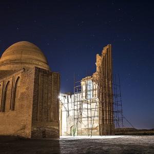 عکس - مرمت بنای هزارساله شمال شرق کشور ، حریم بنای بابالقمان باغ ایرانی میشود