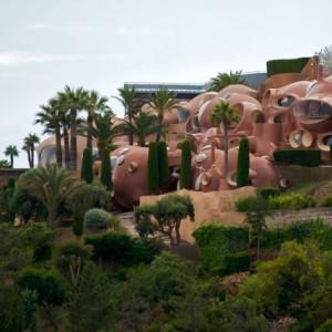 تصویر - کاخ حبابی پیرکاردین در جنوب فرانسه به فروش گذاشته شد. - معماری