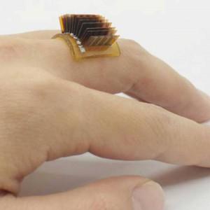 عکس - حلقه ای که گرمای بدن شما را به باتری تبدیل کرده و خود را بازسازی می کند.