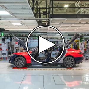 عکس - چگونه تسلا (Tesla) به سرعت کارخانه های خود را می سازد