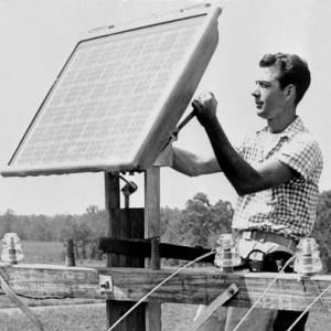 تصویر - تولید برق از انرژی خورشیدی در جاهای عجیب و غریب - معماری