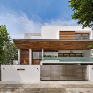 عکس - مسکونی The Urban Courtyard Home ، اثر استودیو Sudaiva Studio ، هند