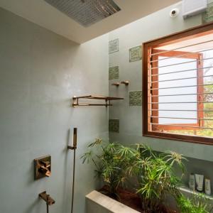 تصویر - مسکونی The Urban Courtyard Home ، اثر استودیو Sudaiva Studio ، هند  - معماری