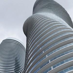 عکس - برج های مسکونی Absolute , اثر تیم طراحی MAD Architects ، کانادا