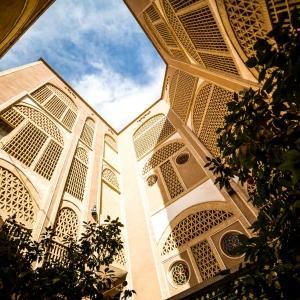 عکس - هتل باغ مشیر الممالک، اولین هتل باغ ایرانی با معماری و تجهیزات کاملا سنتی