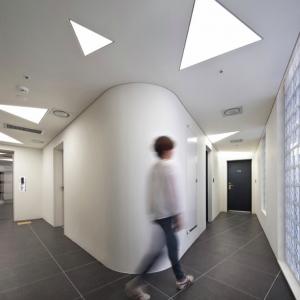 تصویر - هتل KHAN اثر تیم معماری AIN ، کره جنوبی - معماری