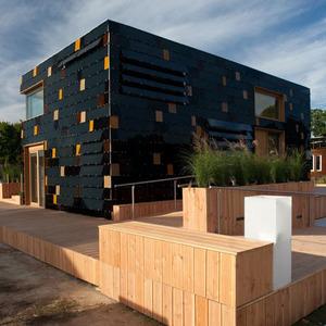 عکس - خانه ای با انرژی خورشیدی